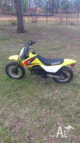05 Suzuki JR 50 Motorbike