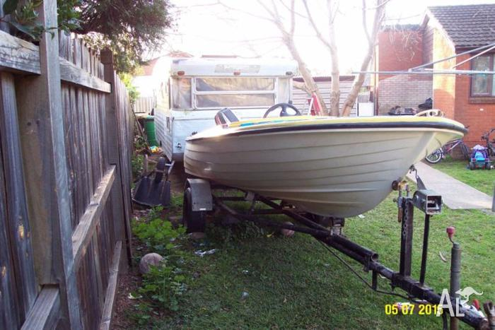 12 feet boat for sale or swap