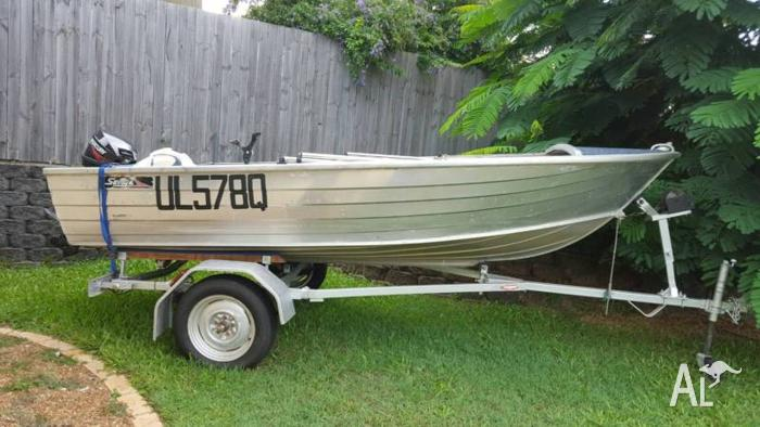12 FT TINNY WITH TRAILER - BOTH REGISTERED + 15 HP