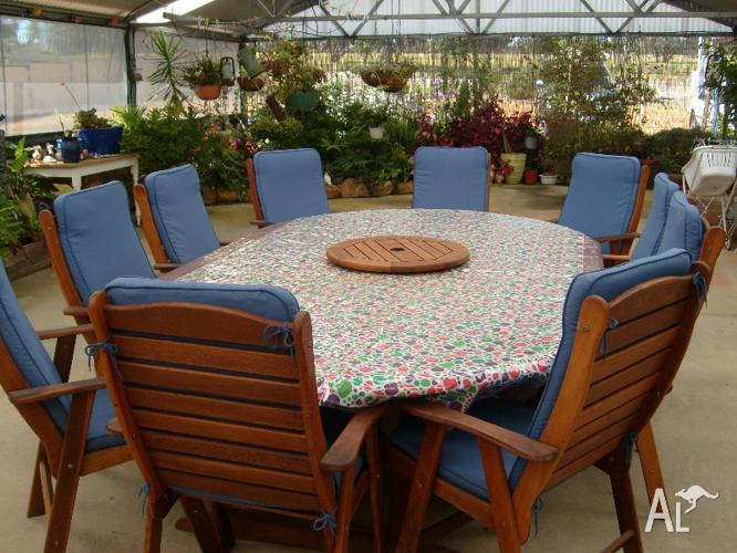 12 Piece outdoor setting