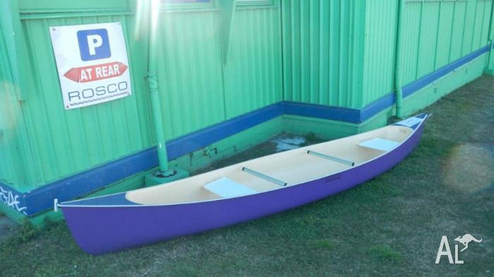 15ft canoe in near perfect condition