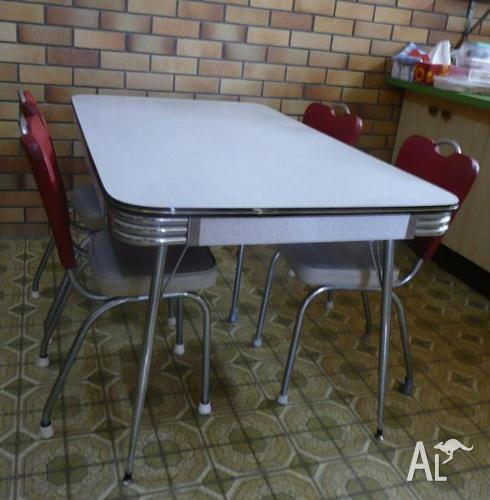1950s Retro Laminex Dining Table With 4 Chairs