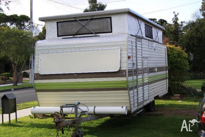 1980 18ft Millard Caravan