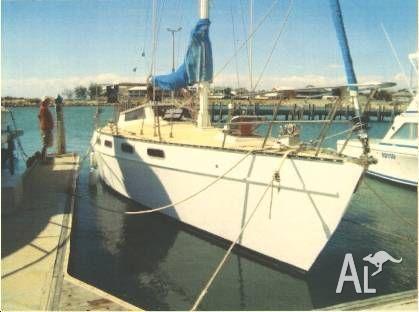 1981 - Roberts - 35ft Cruiser Yacht - $38,000.00