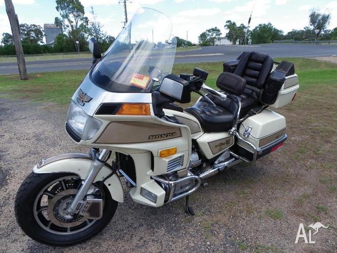 1986 Honda Goldwing G1200 Special Edition, Aspencade