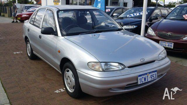 1996 Hyundai Excel Silver Automatic Sedan