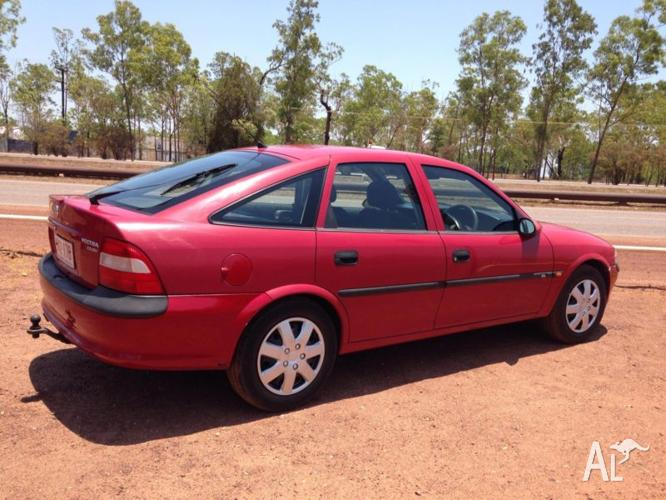 1998 Holden Vectra Sedan