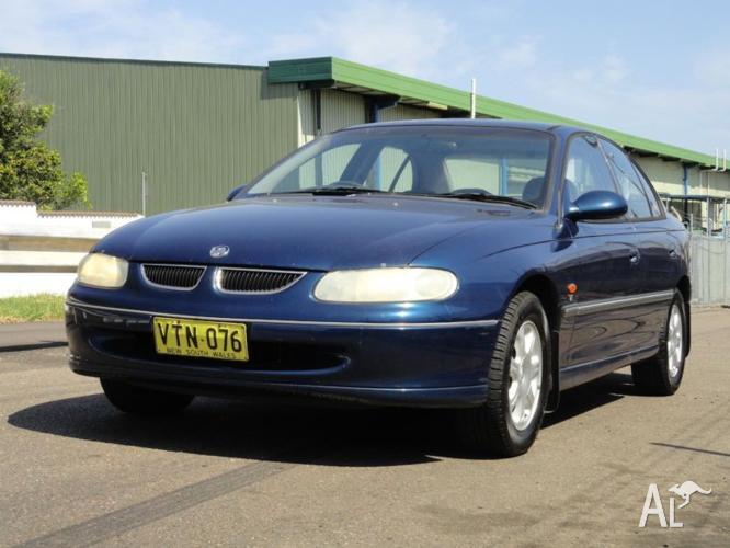 1999 Holden Berlina Sedan