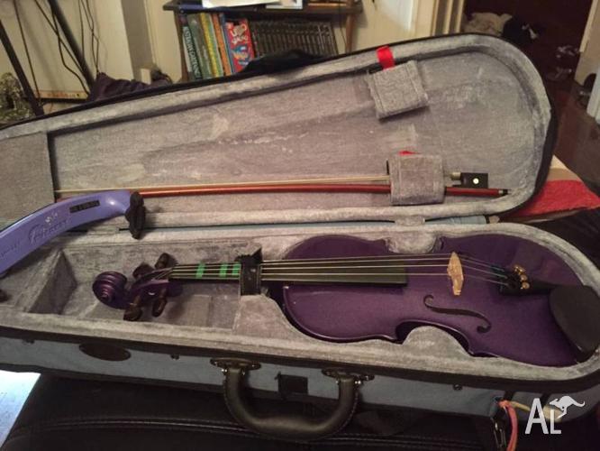1/2 size purple violin