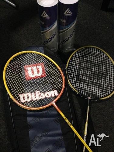 1 set badminton racket and 2 bottles ball
