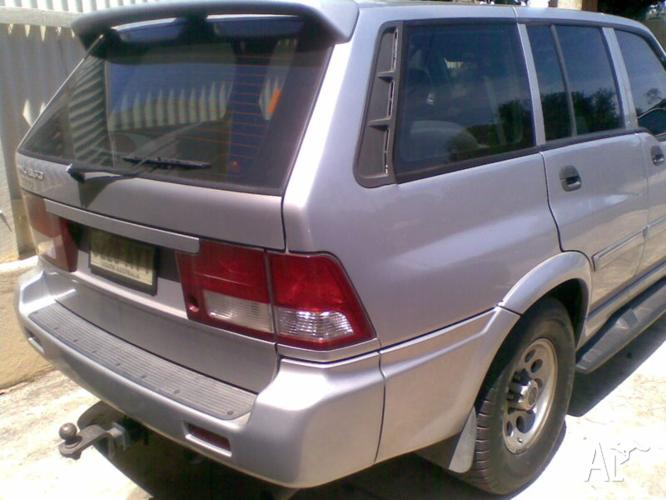 2000 Ssangyong Musso SUV
