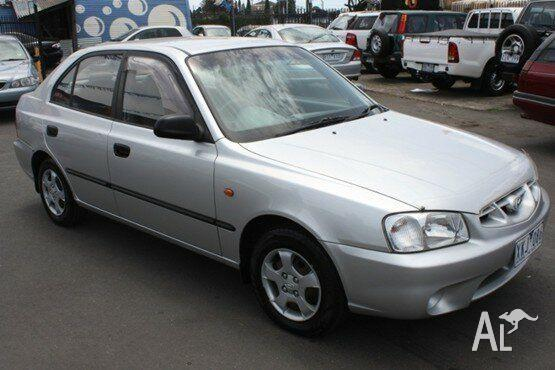 2002 hyundai accent 3 door hatch manual wrecking now. Mov youtube.