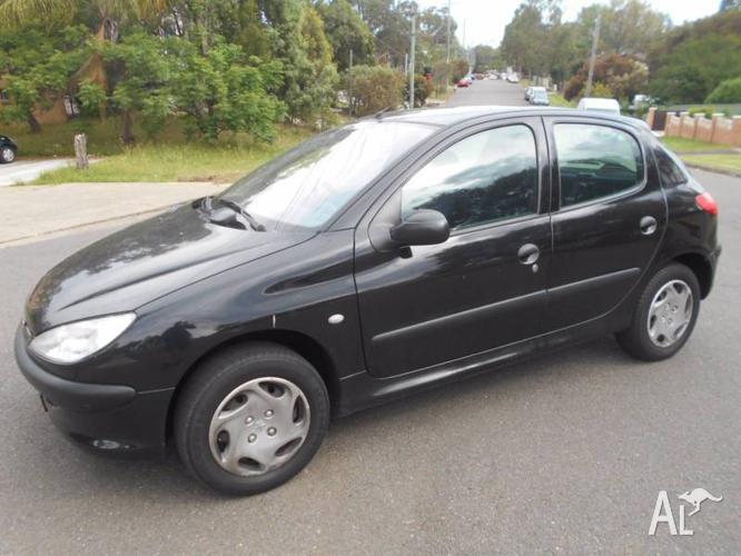 2002 Peugeot 206 Hatchback Automatic 94,000 km