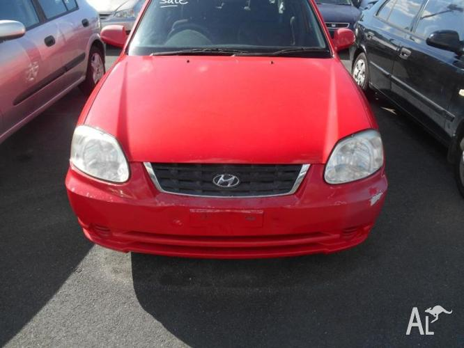 2004 Hyundai Accent Hatchback runs well has ac pwr