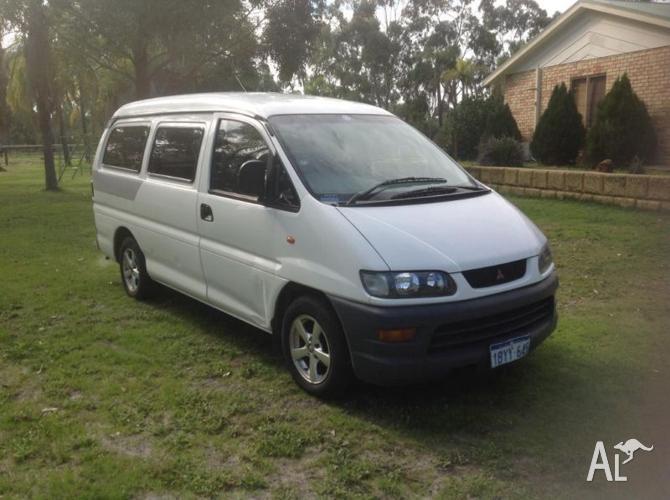 2005 Mitsubishi Express Van/Minivan