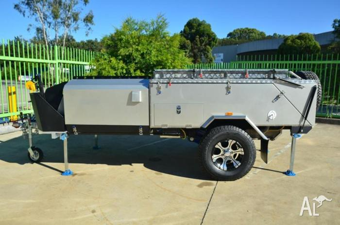 2015 Extreme Off-Road Camper Voyager II Compaks Series