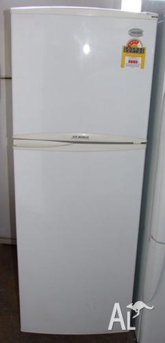 235 Liter Samsung fridge 6 months warranty