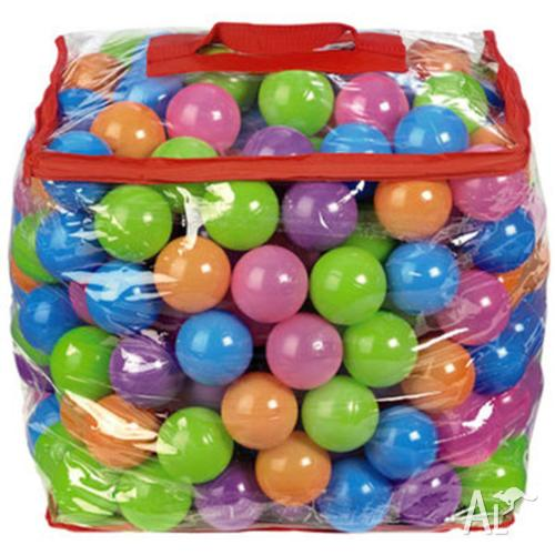 250 plastic pit balls