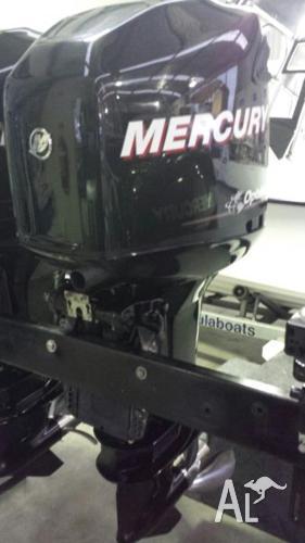250HP Mercury Optimax DFI 2-Stroke Outboard*