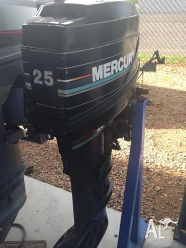 25Hp 2 Stroke Mercury Long Shaft Outboard Motor