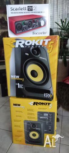 2 KRK Rokit 5 G3 Speakers + Focusrite Scarlett 2i2 + 2