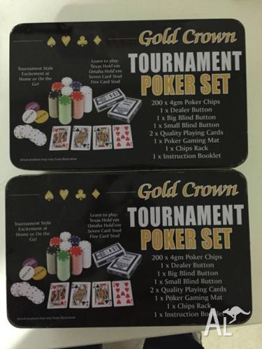 2 x Texas hold 'em poker set + 400 Chips + 2 Mats