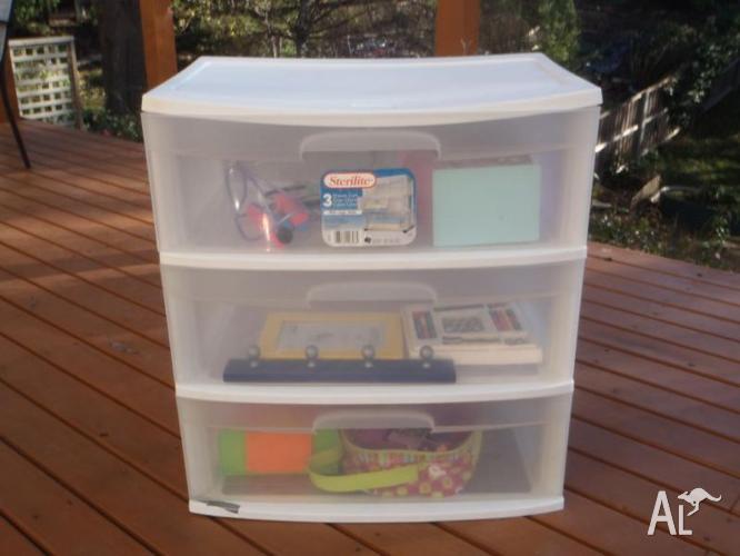 3-Drawer white storage cart plus free kids toys