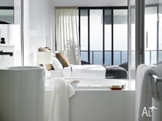 3 BEDROOM ORACLE AT BROADBEACH APARTMENT