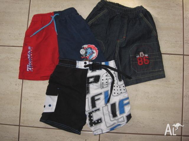 3 shorts : Thomas tank, Mickey mouse, Board shorts size