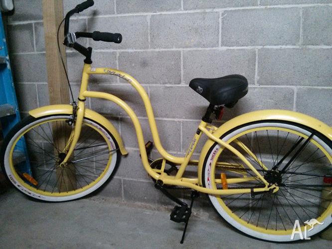 3g Beach Cruiser Yellow Lady In Great Condition
