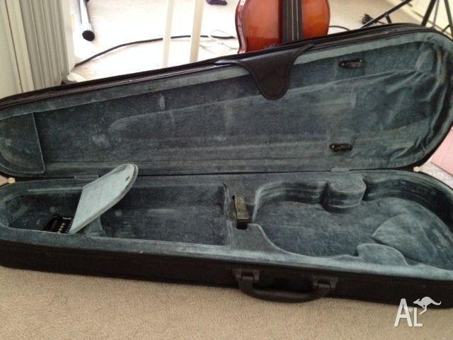 4/4 Violin case for sale!