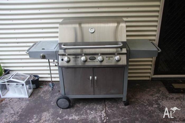 4 Burner Hooded Barbecue Bbq Jackeroo Professional 4SZ