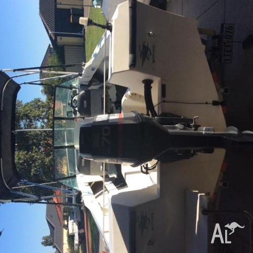 5.4m westerncraft runabout 70hp
