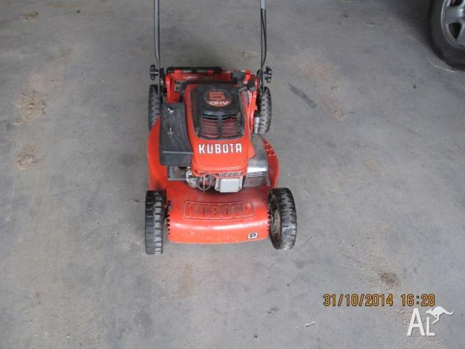 5 HP KABOTA PUSH MOWER