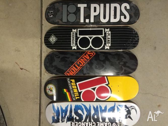 5 Skateboard Decks size 8 and Independent Trucks