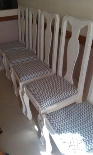 6 Shabby Chic Covered Dining Chairs $320.00 ONO