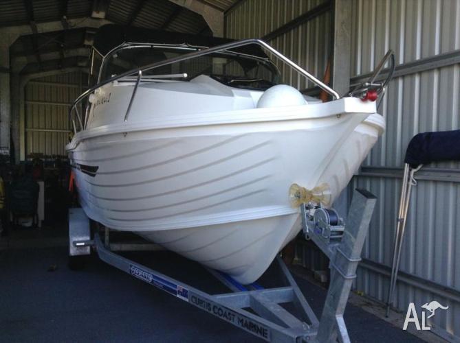 6m Half Cabin; Oceanic trailer; motor 175 Suzuki with
