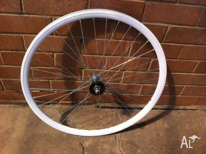 700 c Wheel set Alloy Deep rim- rear fitted with