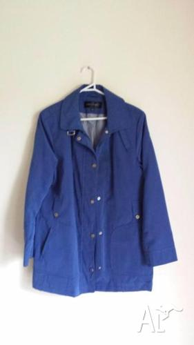 8 x jackets & tops