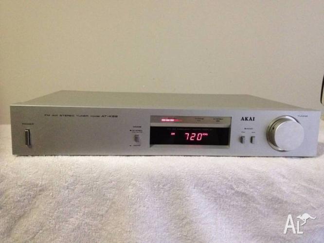 Akai AT-K22 Stereo Tuner