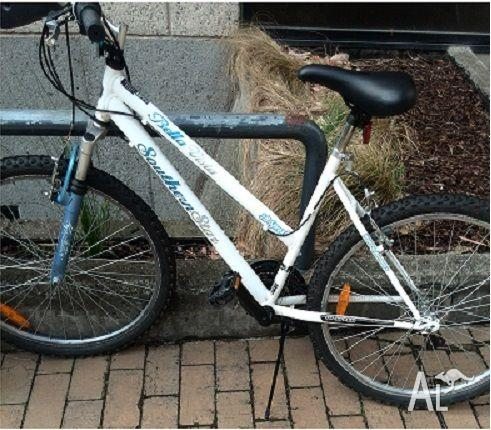 Almost new bicycles in very good condition!!