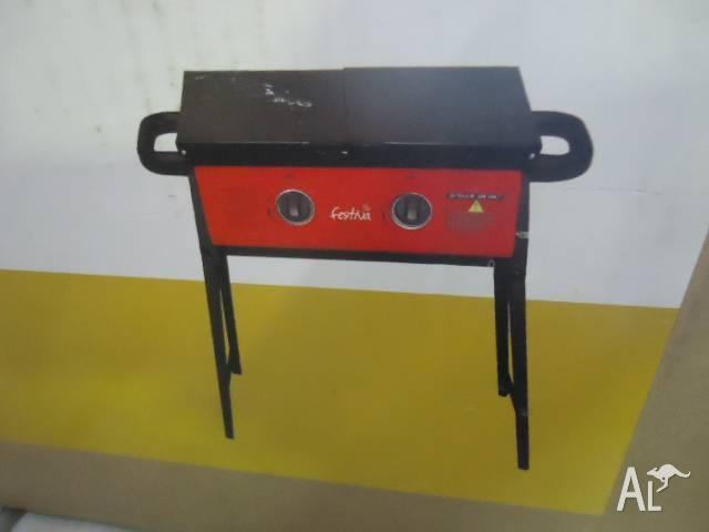 AMAZING FESTIVA 2 BURNER SOLID PLATE BBQ BRAND NEW IN