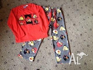 Angry Birds size 8 boys fleece pyjamas