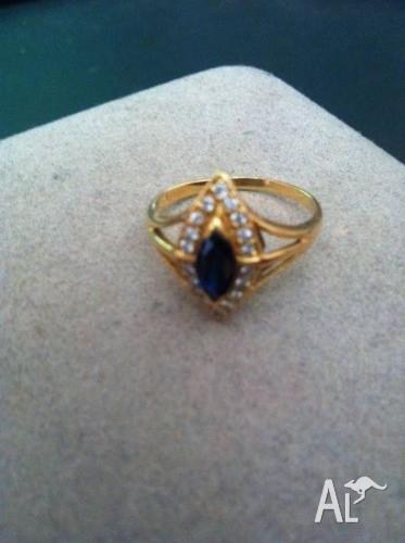 Antique Victorian 18ct Gold Ring With Diamonds &