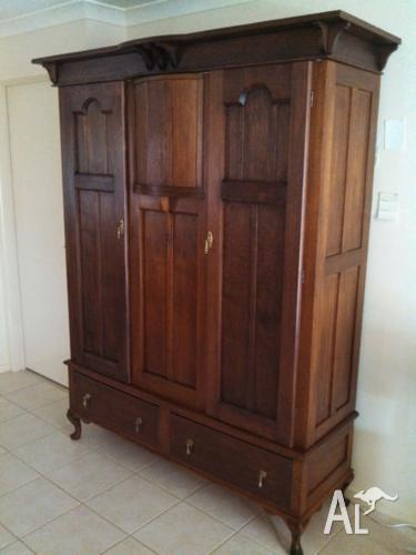 Antique Wardrobe Silky Oak Queene Anne Style