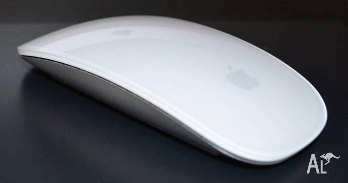 Apple Magic Mouse & Magic Track Pad