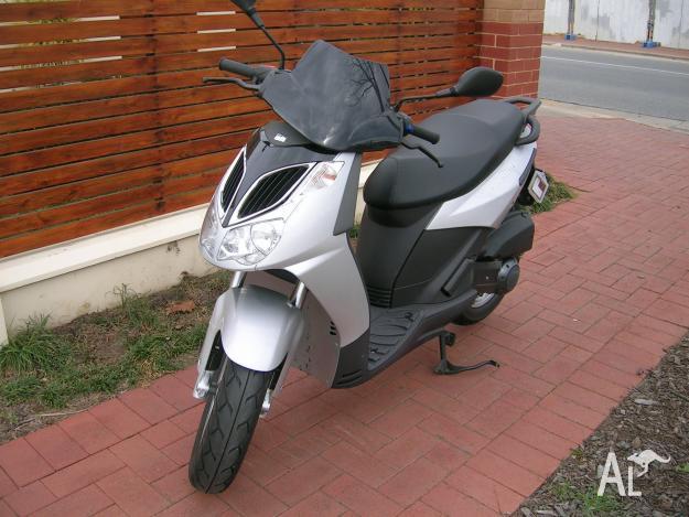 aprilia sportcity 125cc 2006