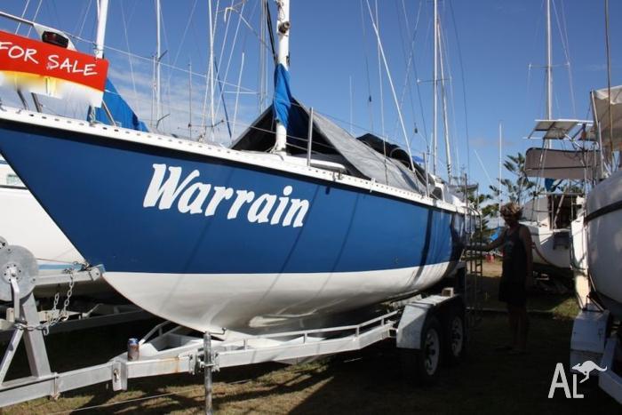 Aquarius 23ft with Yanmar diesel motor