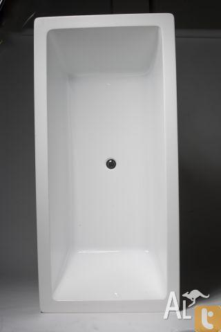 ARC 1800 Hob Bath