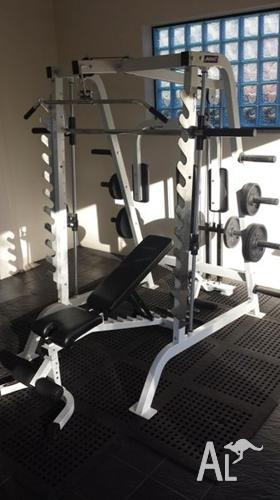 Avanti smith machine home gym set for sale in baulkham